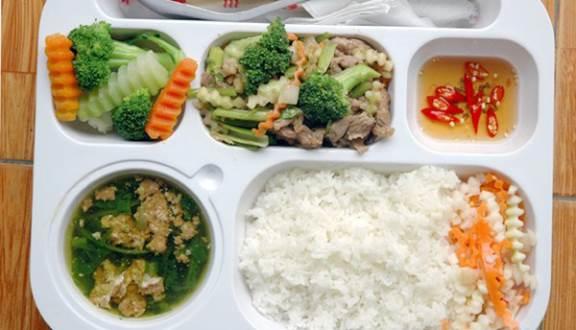 Cơm trưa văn phòng Lộc Hạnh